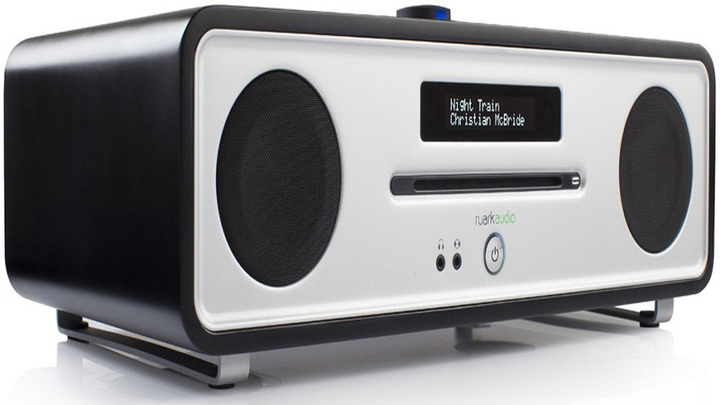 ruark audio r4 mk3 review modern build with a retro design tech pep. Black Bedroom Furniture Sets. Home Design Ideas
