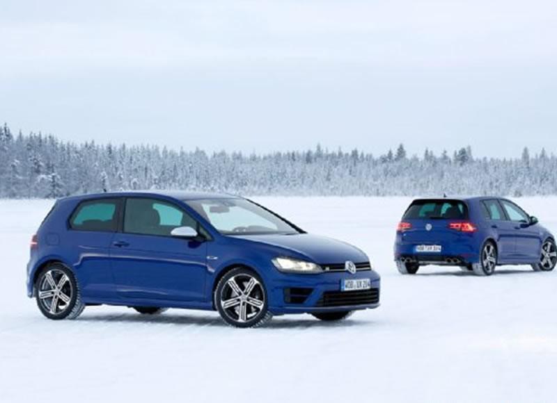 2015 Volkswagen Golf R Test Drive On Ice