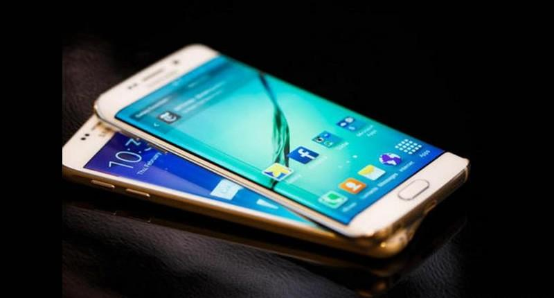 Samsung Lovers are torn between two fantastic smartphones; the Samsung Galaxy S6 and Samsung Galaxy S6 Edge