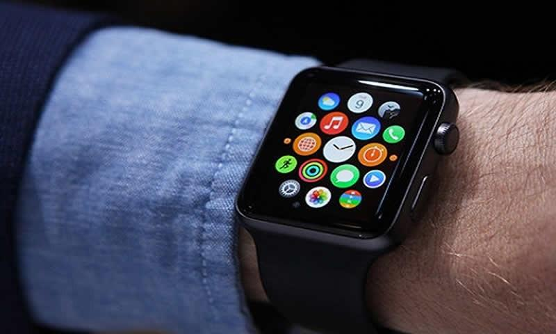 Apple Watch Beats All Competitors in Smartwatch Market