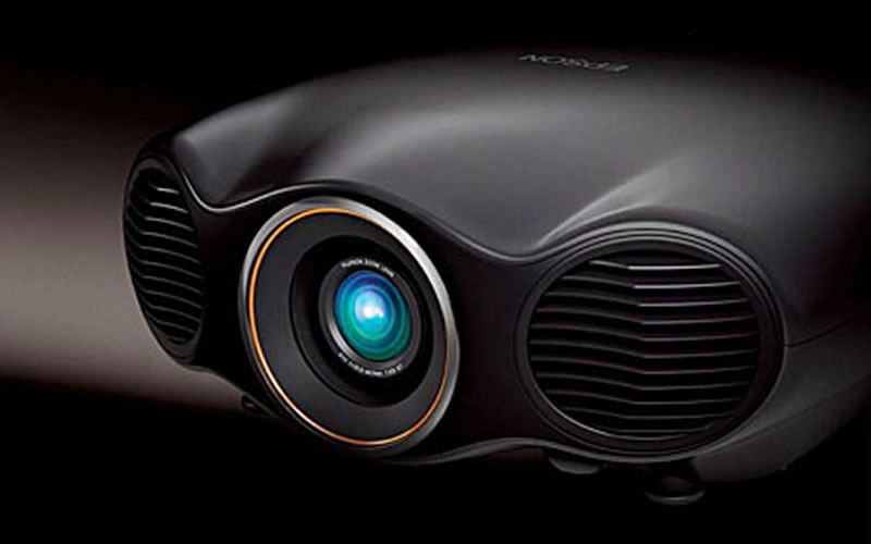 EPSON EH-LS10000 Projector Reviews