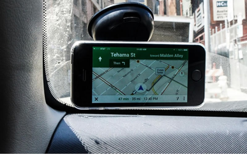 The Universal Magnetic Phone Mount What It Can