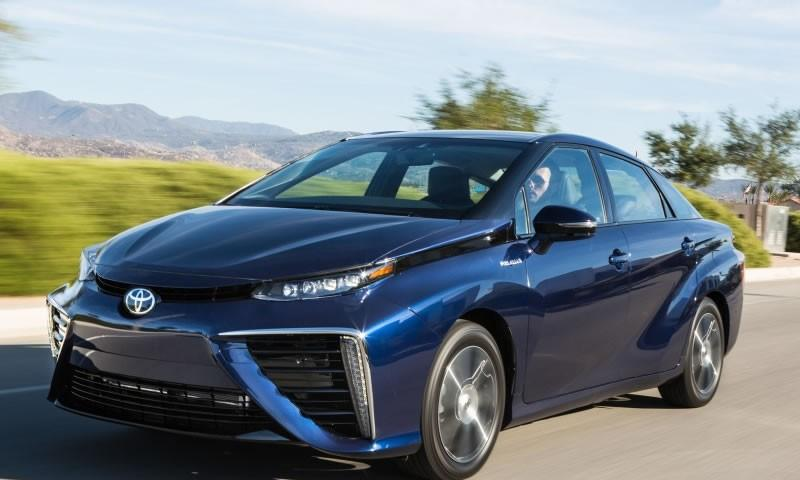 Toyota Mirai Specs and Reviews