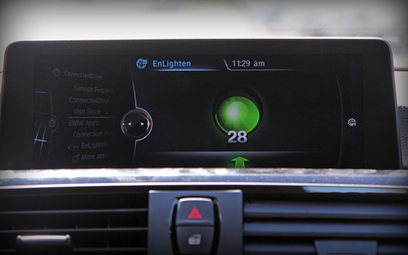 BMW wants you to know whenever traffic lights change