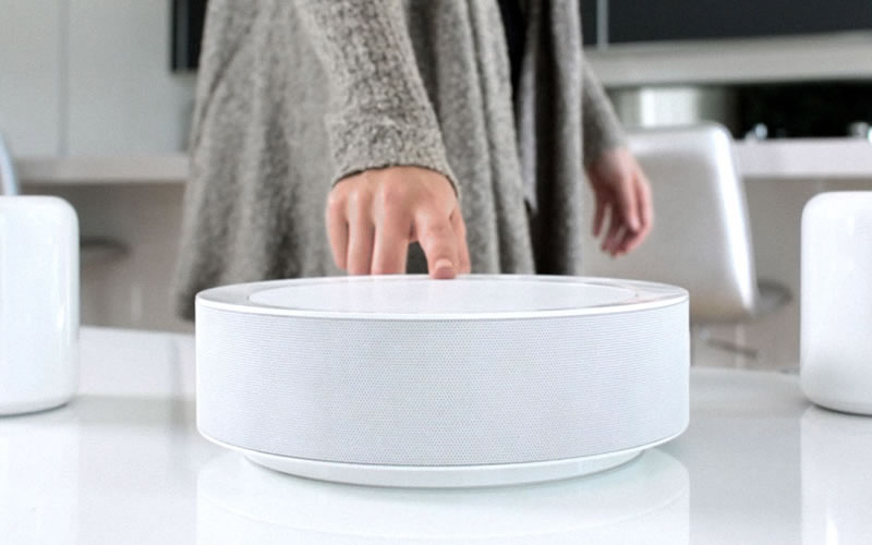 The HiddenHUB Speaker Scans Your Room To Set the Best Sound Quality