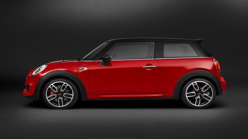 2015 Mini John Cooper Review – A Fresh High-Performance Hatchback