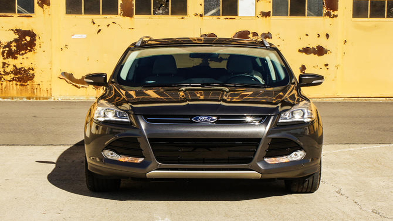 2016 Ford Escape Review - The Practicality of a Small SUV With a Better Driving Experience