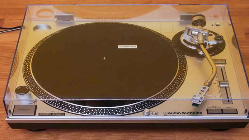 Audio-Technica LP120-USB Review - Digitize Your Vinyl Collection With This All-in-One Turntable