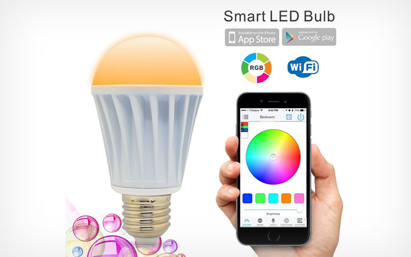 Flux Smartphone Controlled Dimmable LED Light Bulb Personalizes Rooms with Over 16 Million Colors