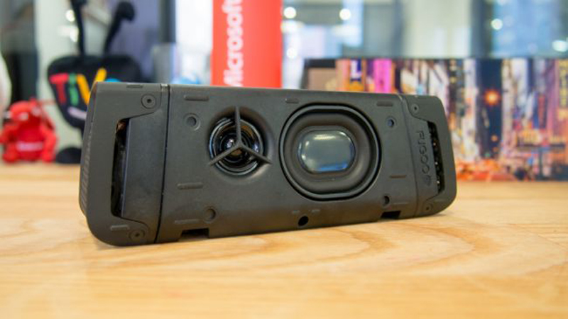 Fugoo Review - A Compact Bluetooth Speaker With an Awesome Sound