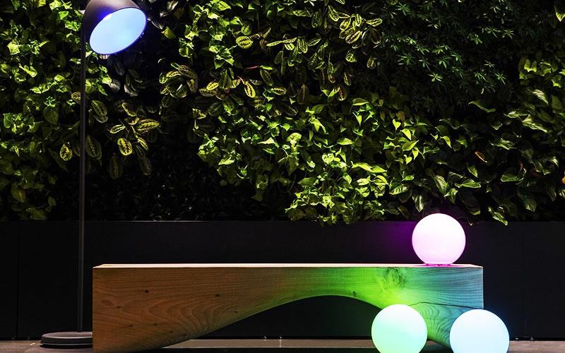 Misfit Wearables Bolt Wireless Bluetooth LED Smart Light Bulb Creates Beautiful Lightscapes