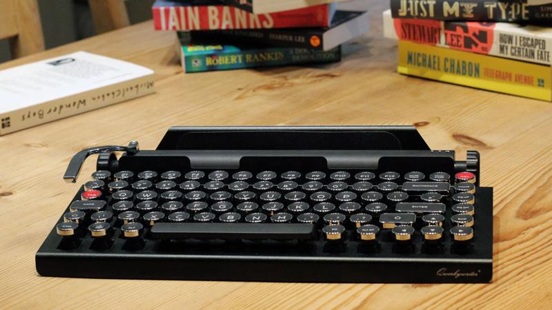 The Qwerkywriter - Your Retro Mechanical iPad Keyboard