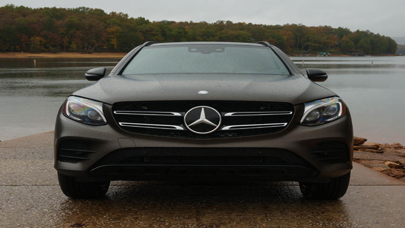 2016 Mercedes-Benz GLC 300 - Feels Weighty But Adds More Luxury