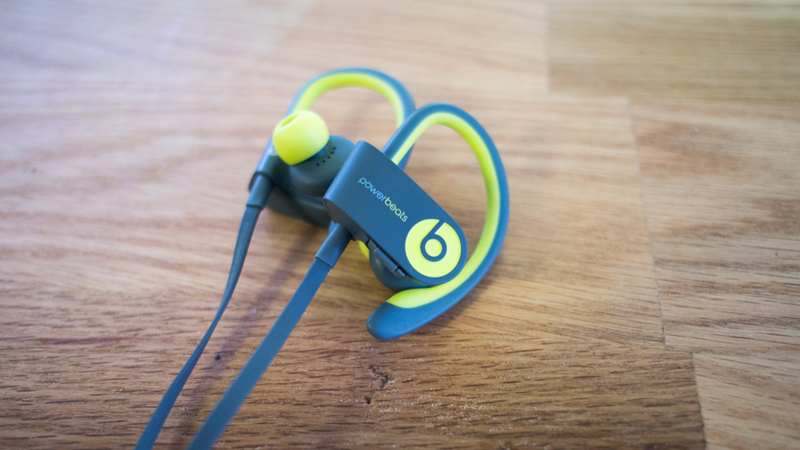 Beats Powerbeats2 Wireless Review - The Familiar Design Now Fit for the Fitness Crowd