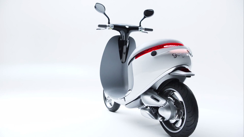 Gogoro Smartscooter - A Scooter to Usher in a Compact Power Era