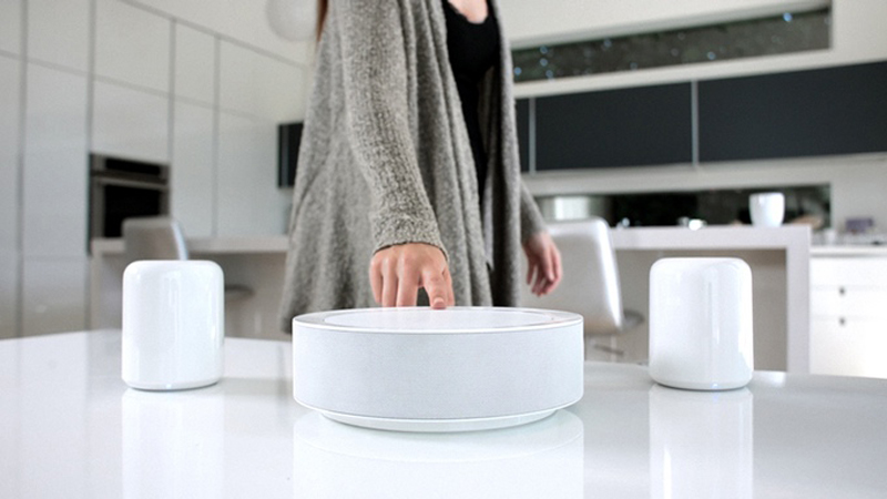 HiddenHUB - The Sound System That Adapts to the Shape of the Room