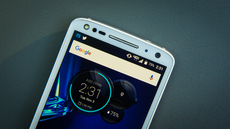 Motorola Droid Turbo 2 Review - Durability is Its Middle Name
