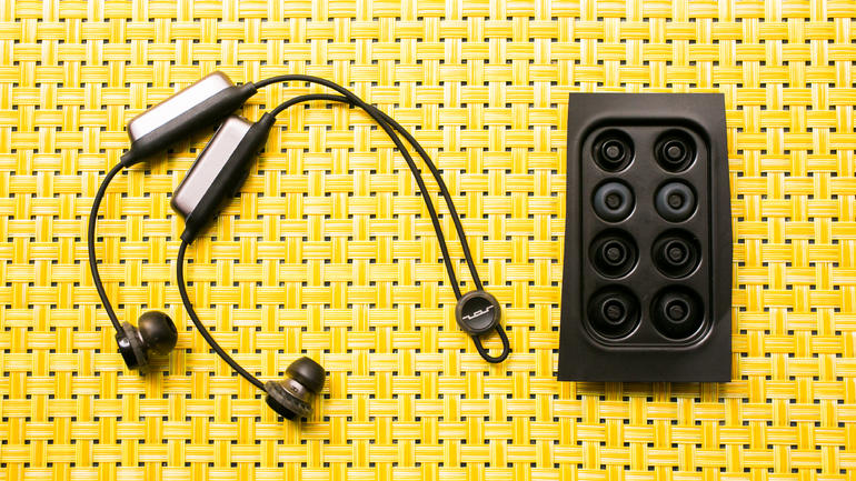 Sol Republic's Relay Sports Wireless Headphones – Could it be the Best Low-Cost Music Listening Device Everybody's Looking For?