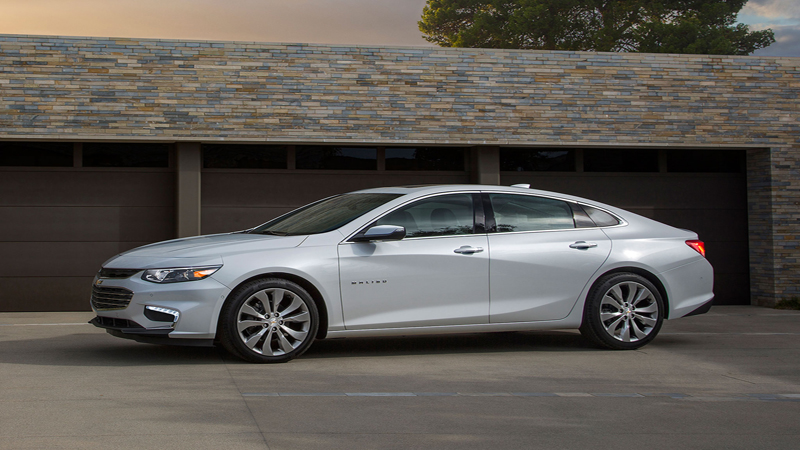 2016 Chevrolet Malibu Review - Watching Your Every Move