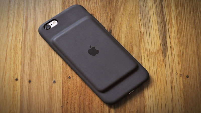 Apple Smart Battery Case for iPhone 6S Review - The Company's Answer to their Phone's Battery Life