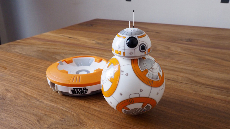 Sphero BB-8 Review - The Coolest Star Wars Toy Ever Made