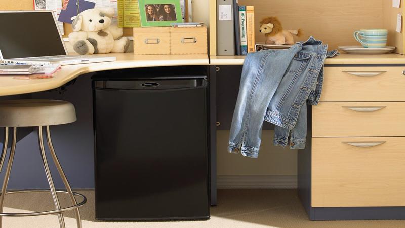 Danby Designer DAR026A1BDD Compact All Refrigerator Review - Perhaps the Perfect Minifridge