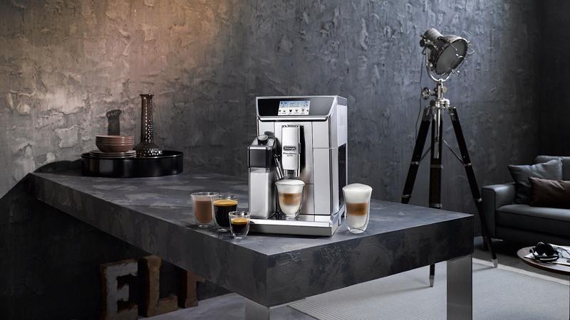 De'Longhi PrimaDonna Elite Review - The Smartest Coffeemaker You've Ever Seen