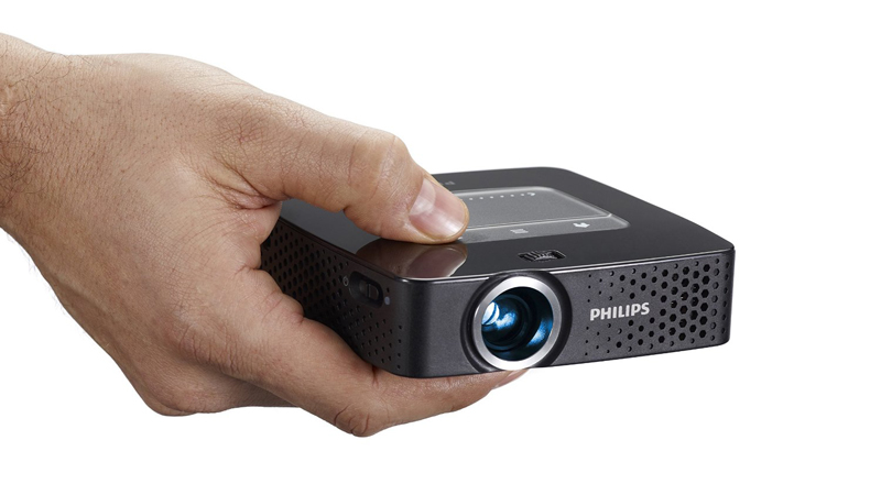 Philips PicoPix PPX2055 Review - Bright Enough