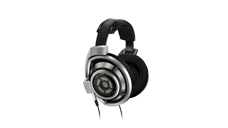 Sennheiser HD 800 Review - Not Subtle at All