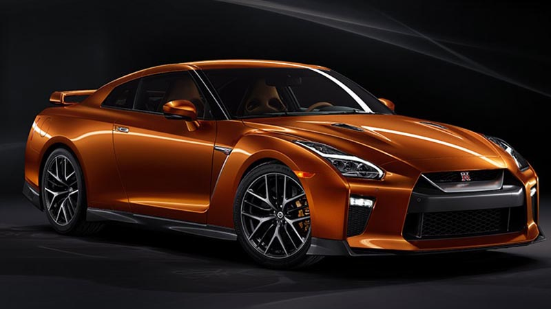 2017 Nissan GT-R - Faster and a More Refined Performance