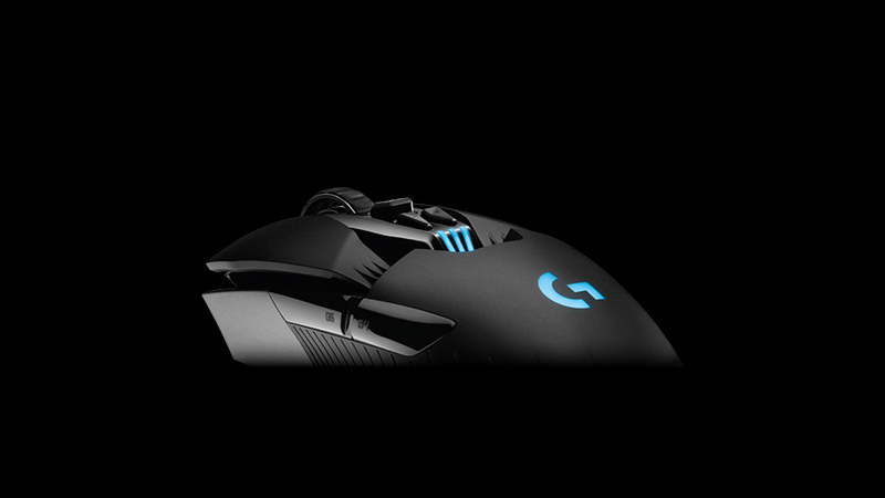 Logitech G900 Chaos Spectrum - Wireless Mouse That's Faster Than Wired Ones