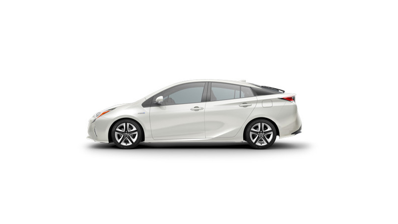 Prius - Latest Version is Still Petite and a Joy to Drive