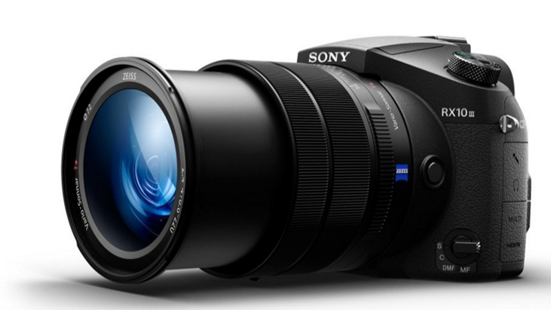 Sony RX10 III - Gives Photographers the Zoom Lens They Need and Want