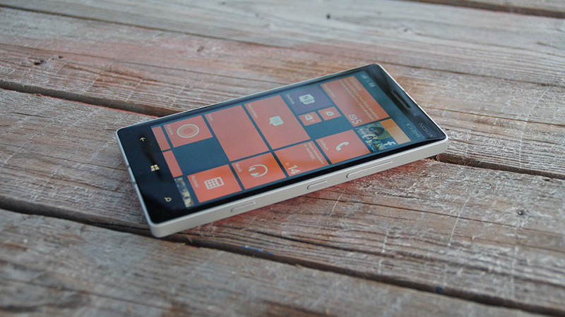 Microsoft Surface Phone – Delayed Once More. Reports Claim 2017 Release.