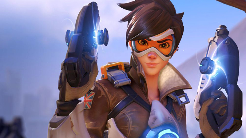 """Overwatch - Tracer's """"Over the Shoulder"""" Pose Gets Revamped. Now With Lesser Behind."""