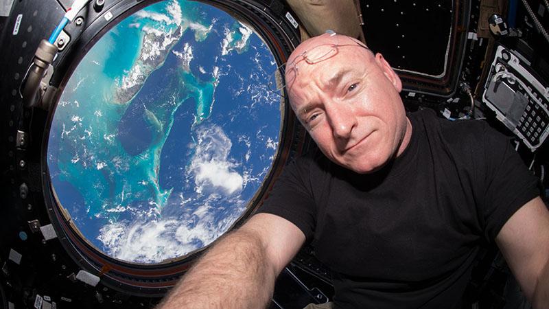 Scott Kelly - Veteran US Astronaut Says Goodbye to NASA