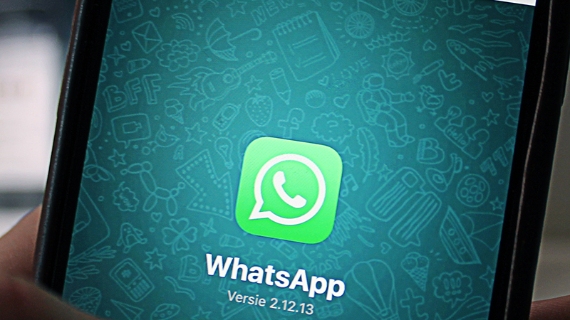 WhatsApp - Gains the Upper Hand on iMessage Pertaining to Verification and Forward Secrecy