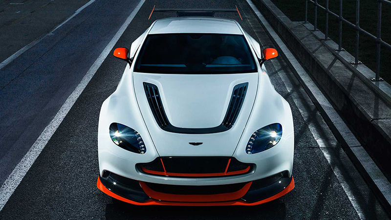 2015 Aston Martin Vantage GT12 Review - Taking a Detour From the Racetrack