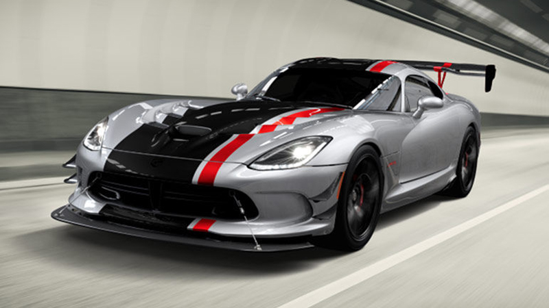 2015 Dodge Viper GTC Review - Unique in Just About Every Aspect