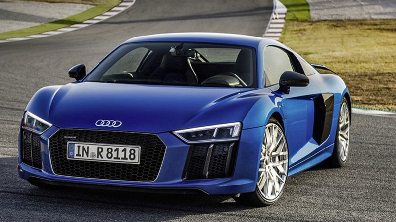 2016 Audi R8 V10 Plus Review - A New Face and Other Changes to Keep up With the Times