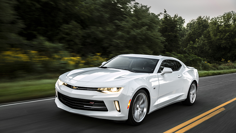 2016 Chevrolet Camaro 2.0T Review - Proving That Size Doesn't Matter