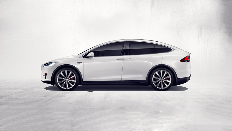 2016 Tesla Model X P90D Review - Taking a Look at One of the Automaker's Latest Offerings