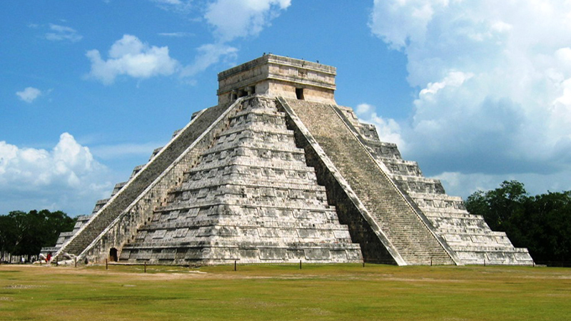Mayan City - Lost Civilization Allegedly Found by Canadian Teen. Mexican Experts Doubtful of Discovery.