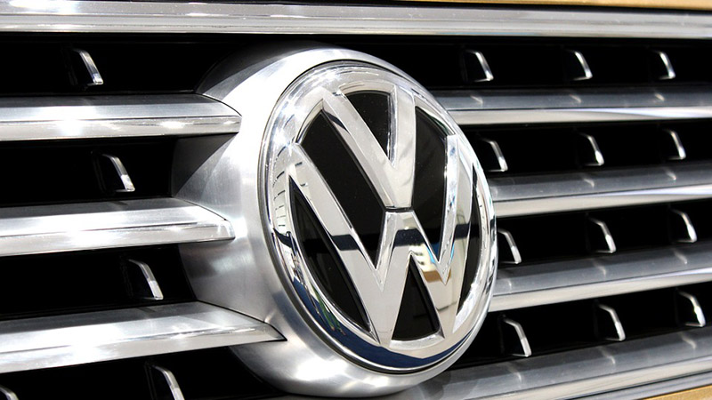 Volkswagen - Automaker to Recall 630,000 Diesel Cars in Europe