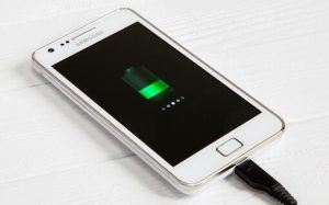 android-phone-with-battery-icon