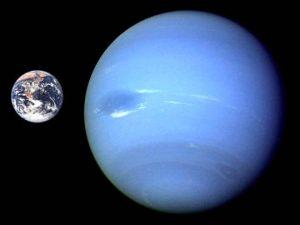 Neptune-Earth-compared_ST-TR_edited-1
