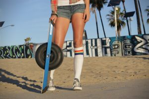 The Onewheel weighs 25lbs.